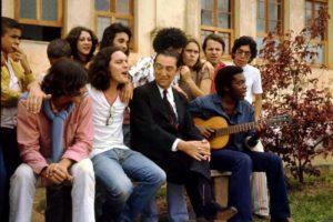 Lo Borges, Fernando Brant, o ex-presidente da República Juscelino Kubitschek e Milton Nascimento em 1971 | Luiz Alfredo - O Cruzeiro